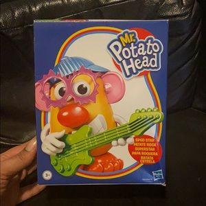 Hasbro Mr. Potato Head Spud Star Rock Star Music